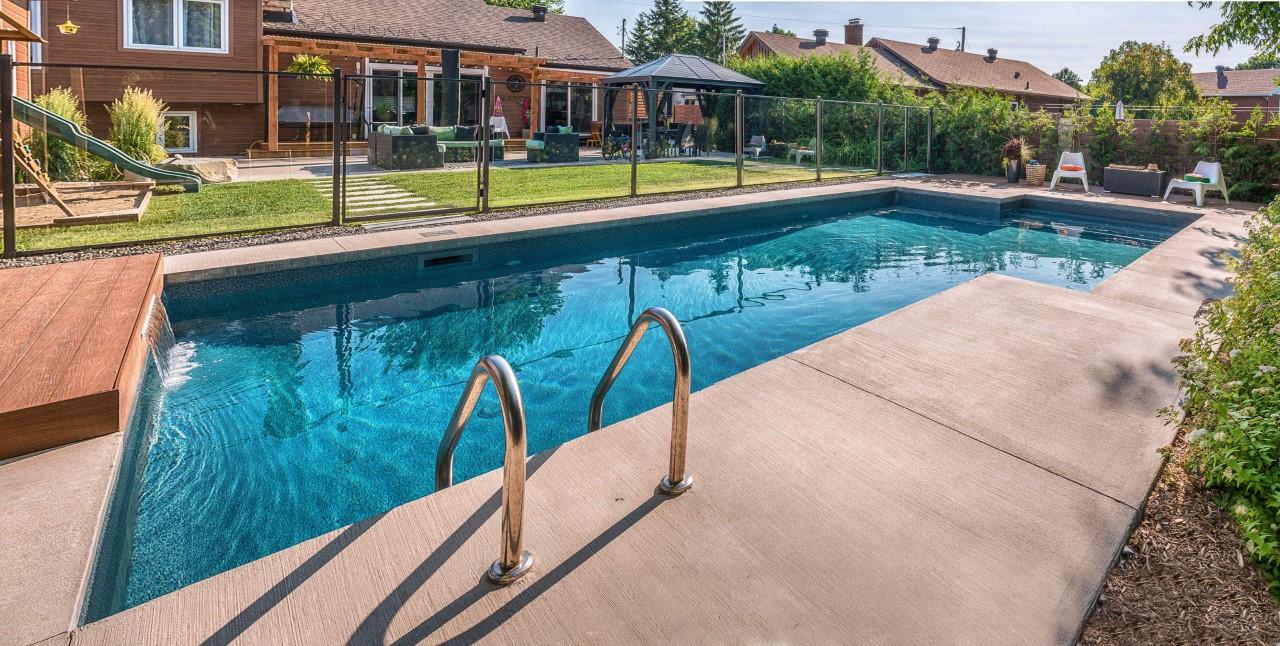 Piscine En Fibre De Verre A Vendre barracuda piscines & spas - vente et installation de